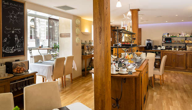 Hotel de l Horloge - breakfast
