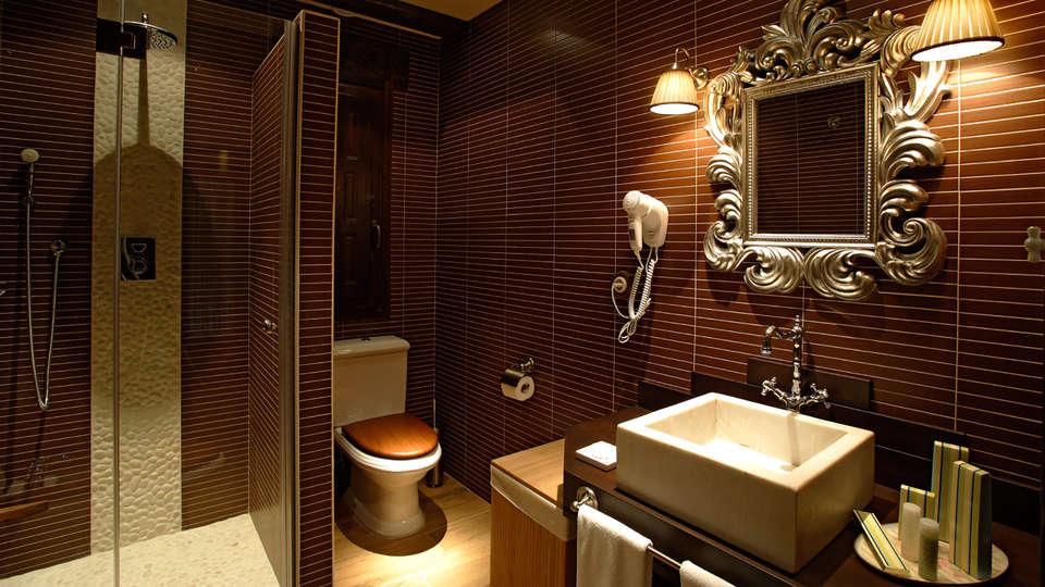 Hotel Rural Los Ánades - EDIT_bath2.jpg