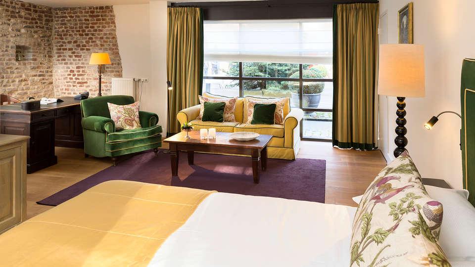 Hotel Kasteel TerWorm - Edit_room17.jpg