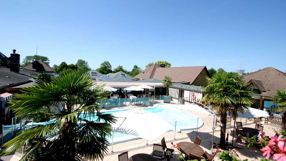 Le Clos Deauville Saint-Gatien  - Edit_Pool3.jpg