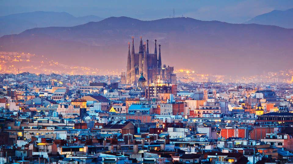 Aparthotel Mariano Cubi Barcelona - EDIT_destination2.jpg