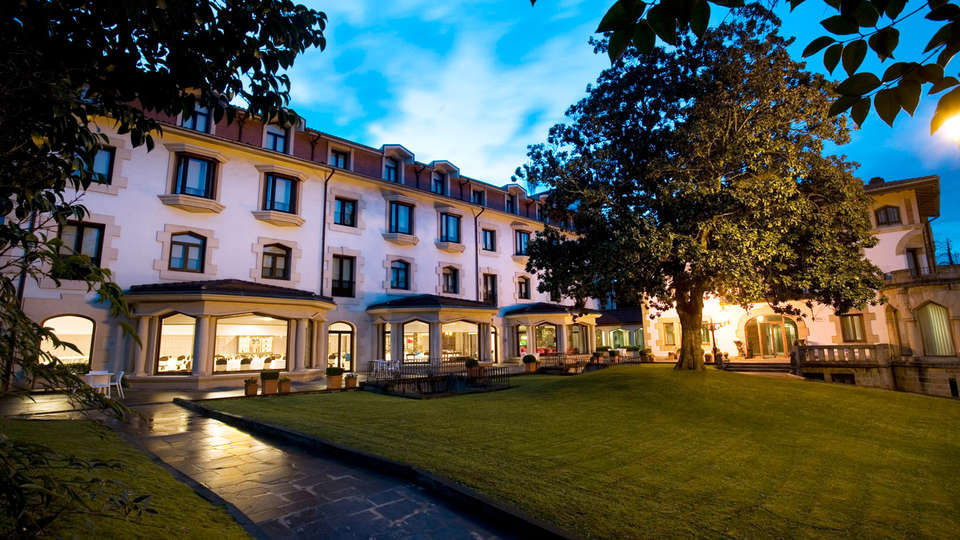 Gran Hotel Durango - EDIT_front.jpg
