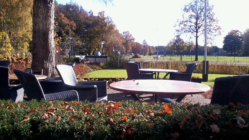 Hotel Restaurant Lunia - edit_terrace.jpg