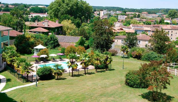 Domaine De Fompeyre - pool