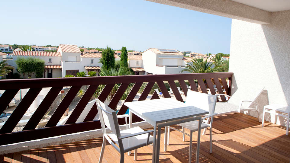 Relais et Châteaux Thalasso & Spa Ile de la Lagune - edit_balcony.jpg