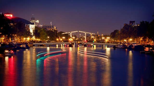 ¡Visita la capital holandesa! Hotel 3* en Ámsterdam