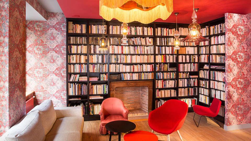 Hôtel Joséphine by HappyCulture - EDIT_library.jpg