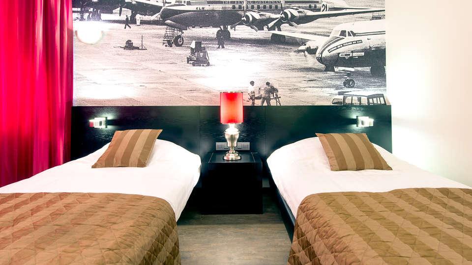 Bastion Hotel Amsterdam Airport - Edit_Room.jpg