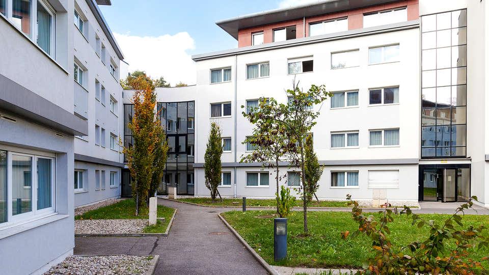 Zenitude Hôtel Résidences - Les Hauts d'Annecy - Edit_Front3.jpg