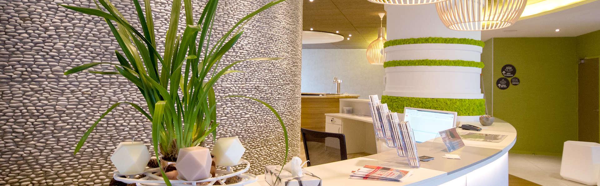 Brit Hôtel Saint-Brieuc Plérin - Edit_Reception.jpg