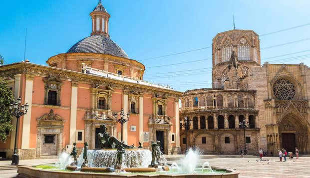 Escapade avec visite guidée, y compris dans la ville de Valence