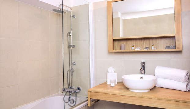 Chateau l Hospitalet - Bathroom
