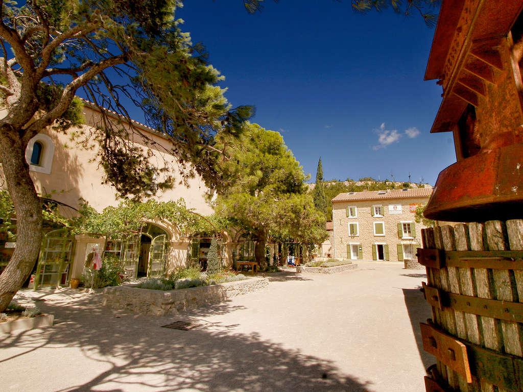 Séjour Aude - Évasion oenologique Dans une demeure de charme à 10 minutes de la Méditerranée