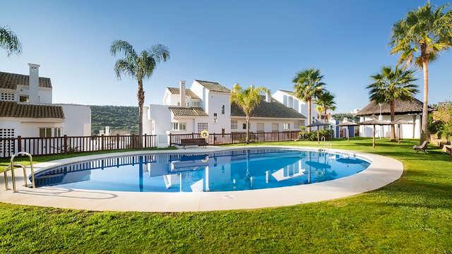 Escápate en Familia a estos apartamentos en San Roque, Cádiz