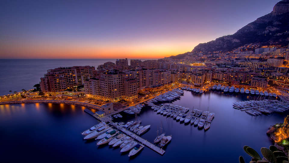 Columbus Monte-Carlo - Edit_Destination.jpg