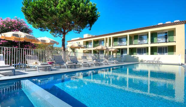 Pause parfumée dans un hôtel de charme à Cannes