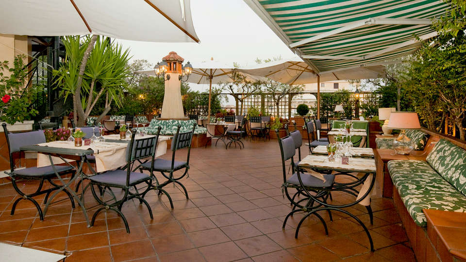 Hotel Diana Roof Garden  - Edit_terrace2.jpg