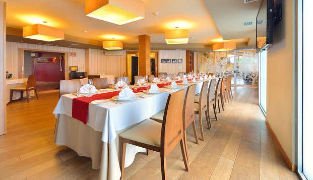 Romantisme et gastronomie avec accès au casino à O Grove et accès au Spa