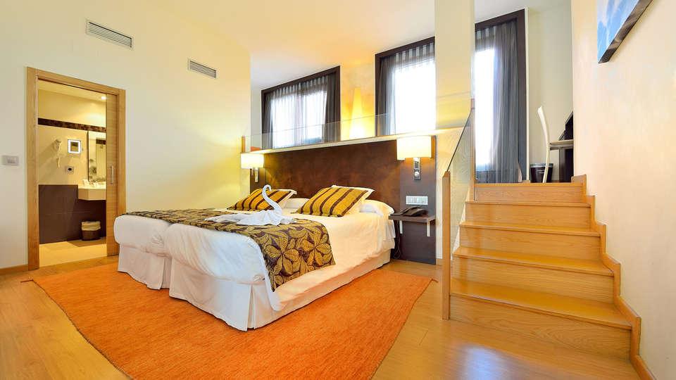Hotel Norat Marina & Spa 4* Superior - EDIT_room5.jpg