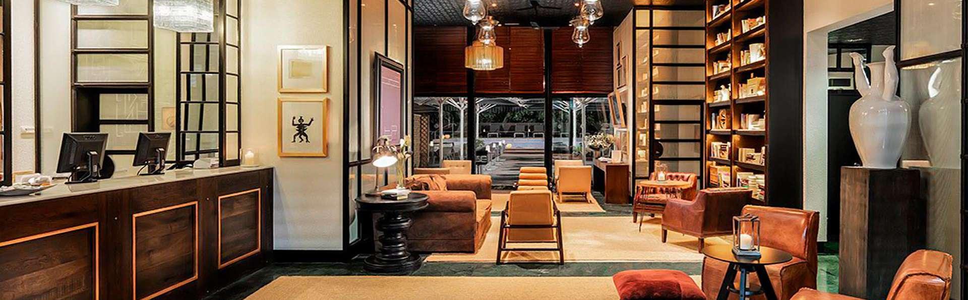 H10 Itaca - edit_lounge.jpg