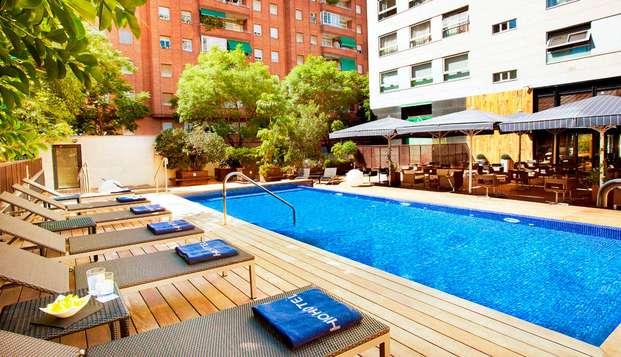 Cena y cóctel en un hotel de diseño en Barcelona (desde 3 noches)