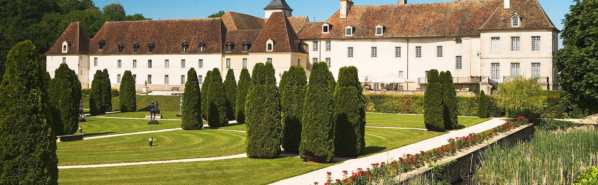 Château de Gilly - EDIT_front2.jpg