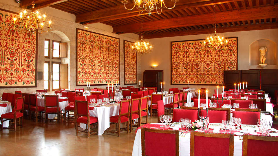 Château de Gilly - EDIT_restaurant.jpg