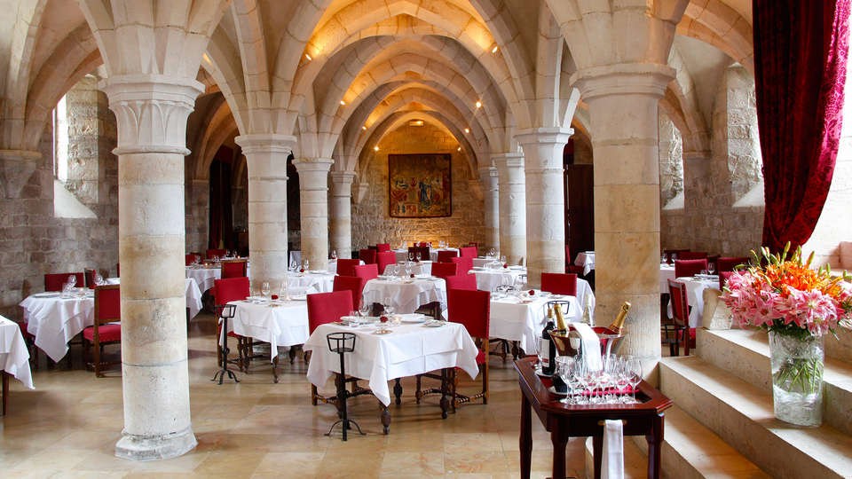 Château de Gilly - EDIT_restaurant1.jpg