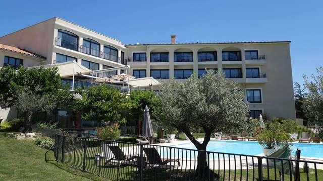 Passez une nuit formidable dans un hôtel 4 étoiles en Ardèche