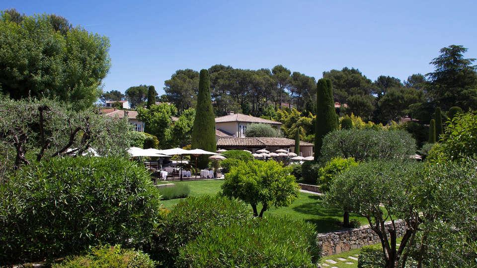 Hôtel de Mougins  - EDIT_garden.jpg