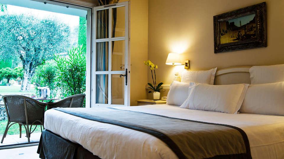 Hôtel de Mougins  - EDIT_room2.jpg