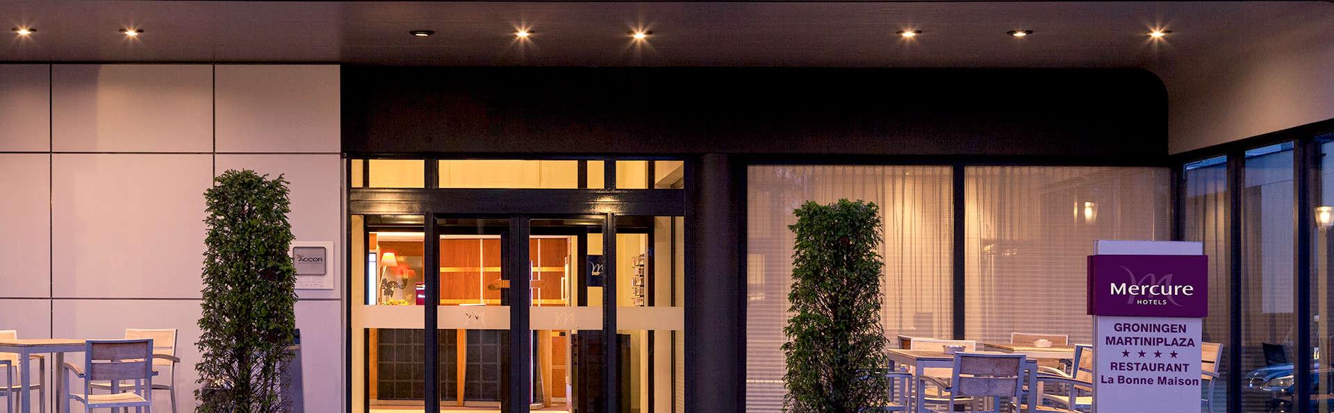Mercure Hotel Groningen Martiniplaza - Edit_Front.jpg