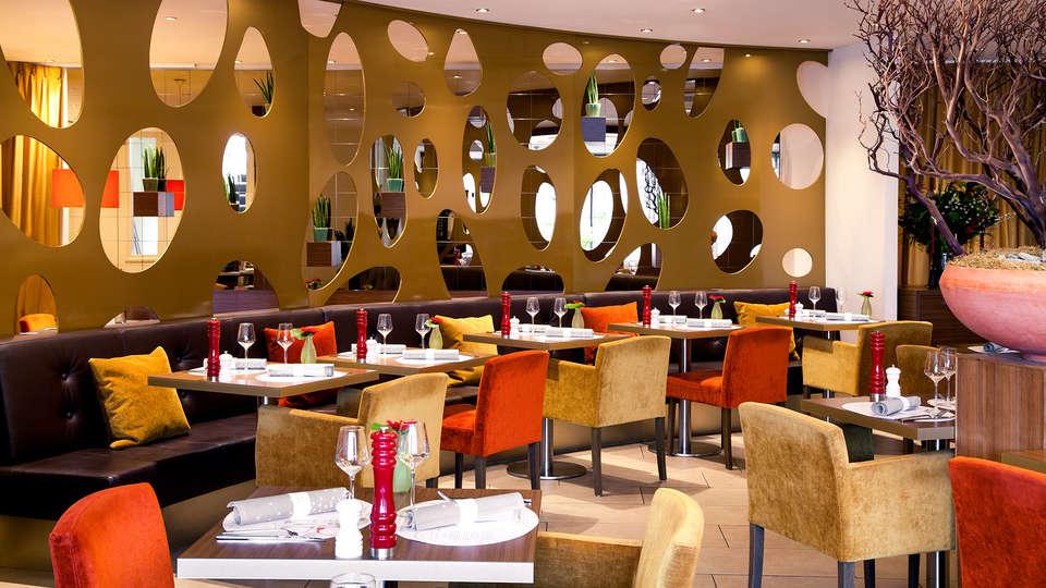 Mercure Hotel Groningen Martiniplaza - Edit_Restaurant3.jpg