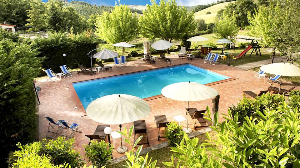 Umbria Resort & SPA - Edit_Pool2.jpg