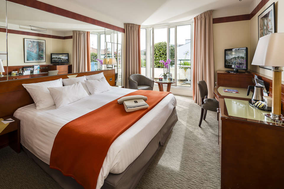 Hôtel Hélianthal Saint Jean de Luz & Spa by Thalazur - thalazur-stjeandeluz-chambre-002.jpg