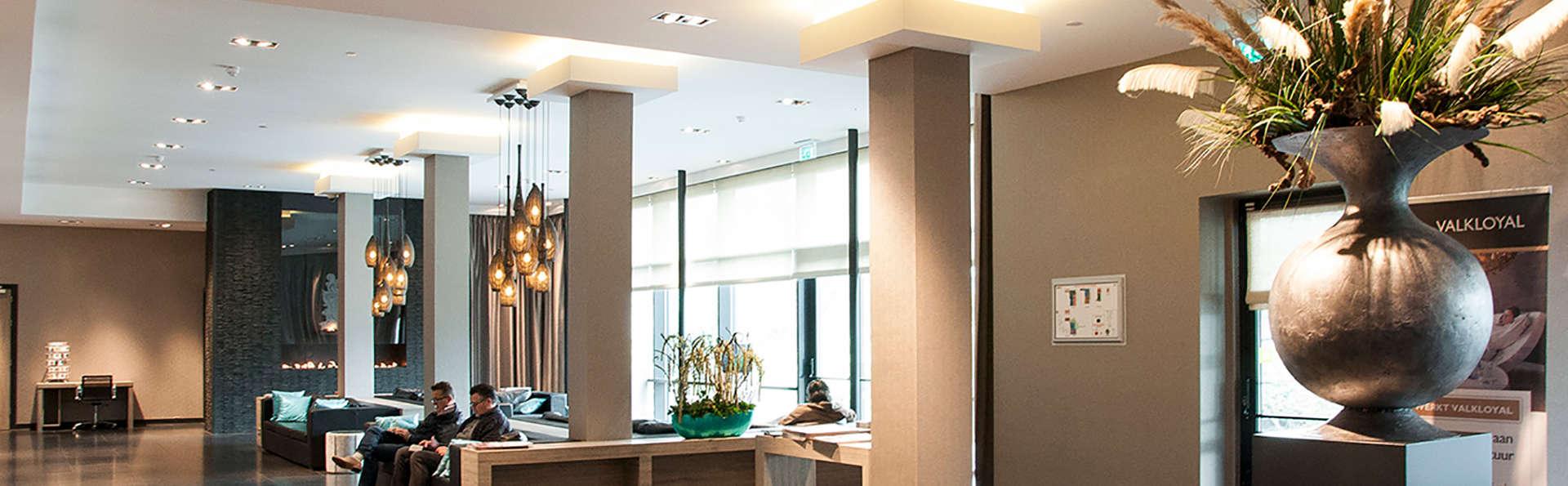 Van der Valk Hotel Vianen - Edit_Hall.jpg