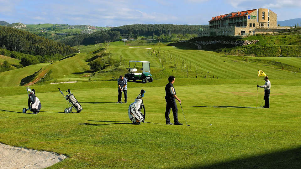 Abba Comillas Golf Hotel - EDIT_golf.jpg