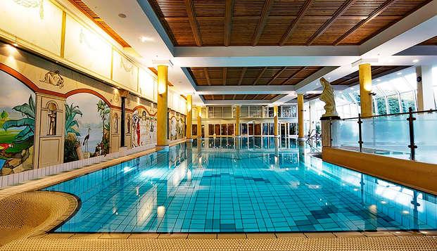 Laissez-vous dorloter avec un dîner et un accès au spa dans le Südeifel allemand