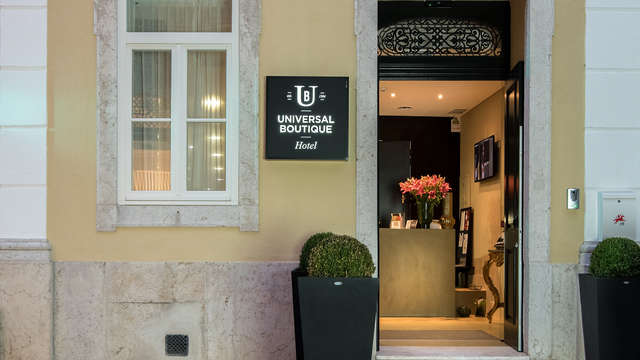 Universal Boutique Hotel by Ymspyra