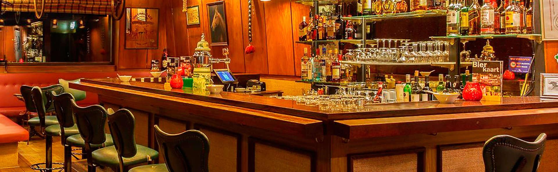 Nescio Hotel Groningen - EDIT_bar.jpg