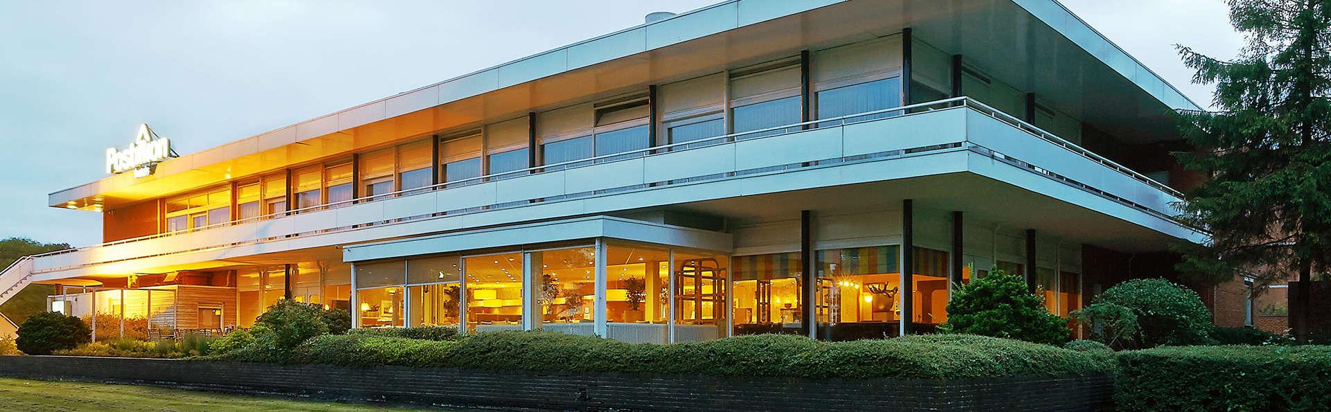 Nescio Hotel Groningen - EDIT_front.jpg
