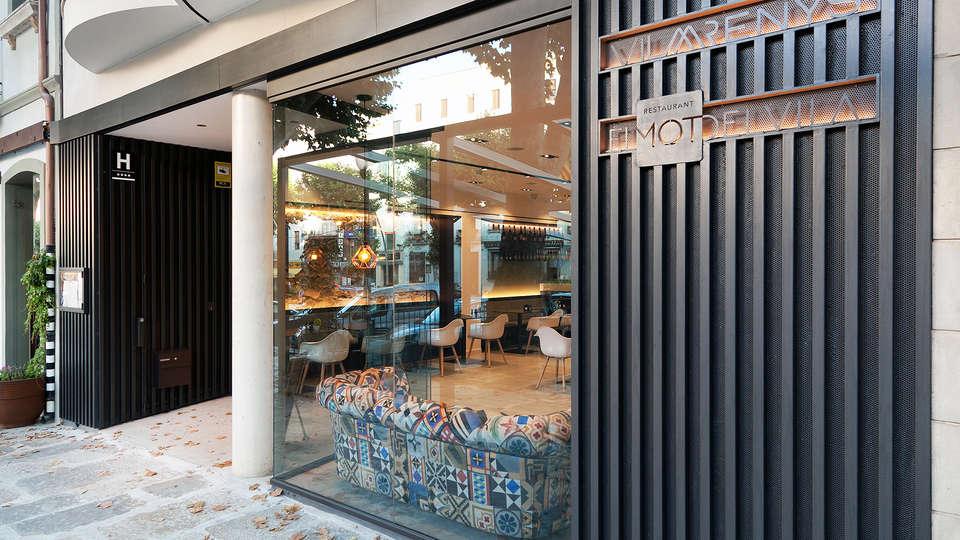 Vila Arenys Hotel - Edit_Front.jpg