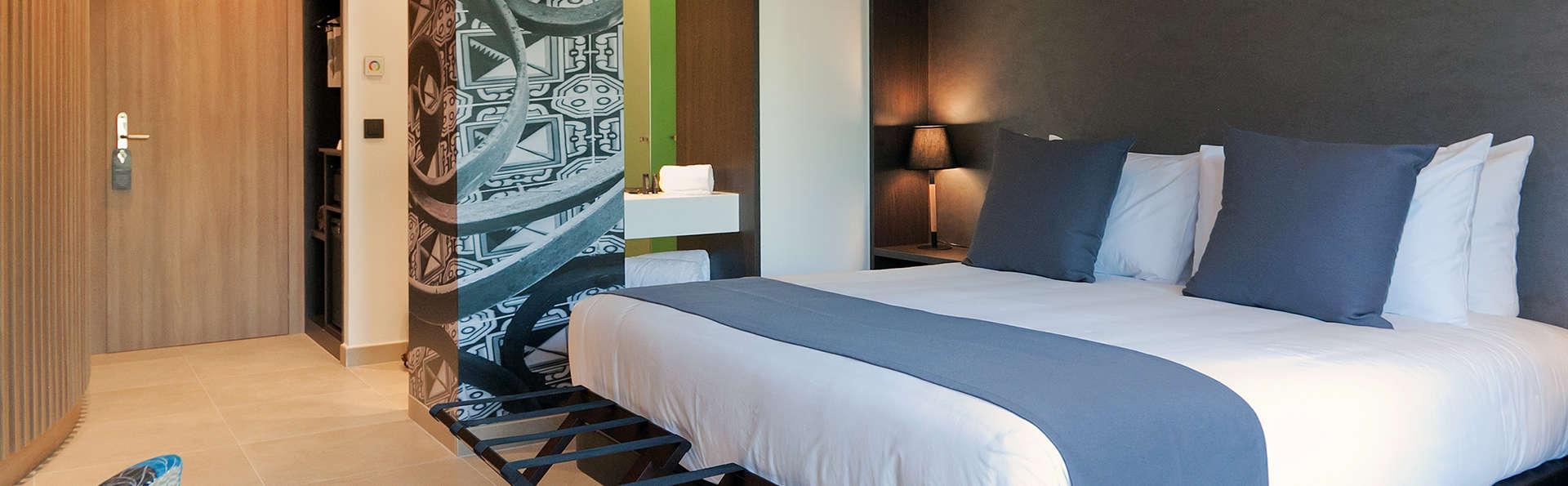 Escapada romántica en Arenys de Mar en un hotel boutique con desayuno y cava