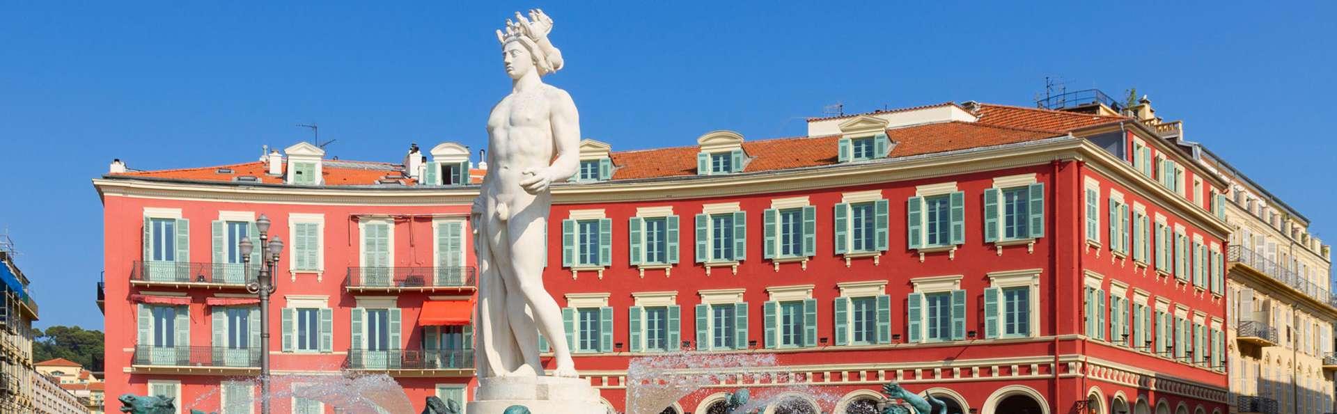 Week-end romantique avec champagne à Nice