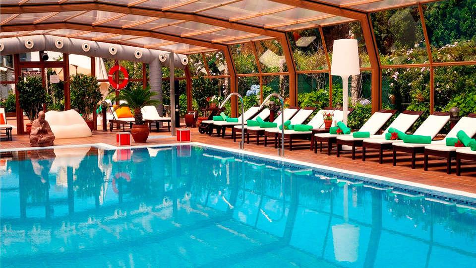 Hotel Augusta Spa Resort 4* Superior - EDIT_inpool.jpg