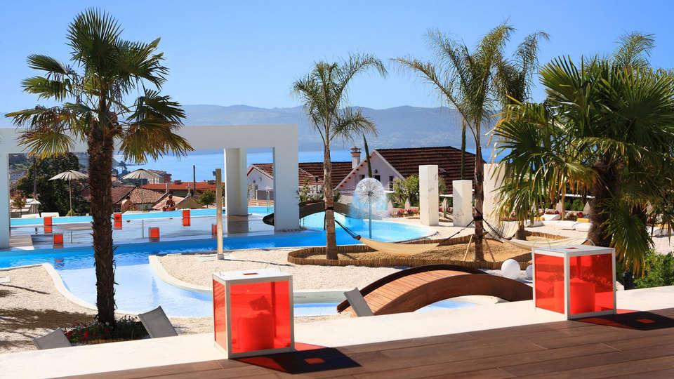 Hotel Augusta Spa Resort 4* Superior - EDIT_pool4.jpg