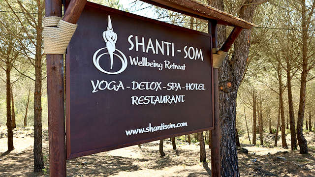 Shanti Som Wellbeing Retreat Adults Only