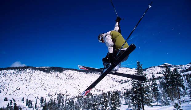 Escapada esquí con forfait a 40 minutos de las pistas