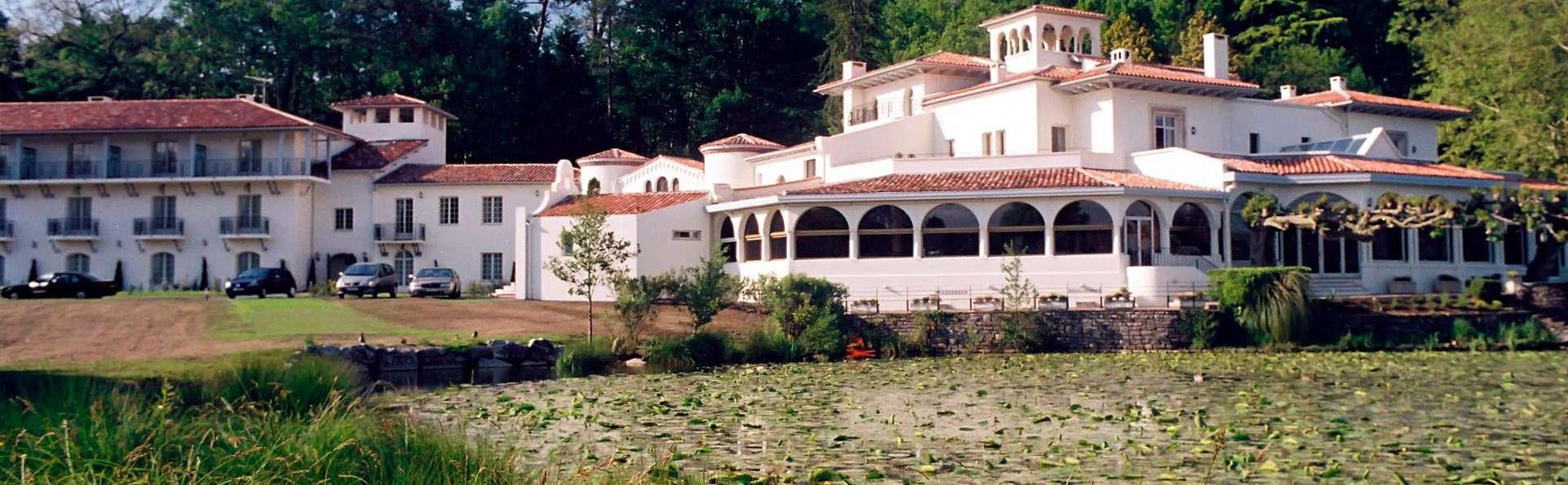 Château de Brindos - edit_front4.jpg