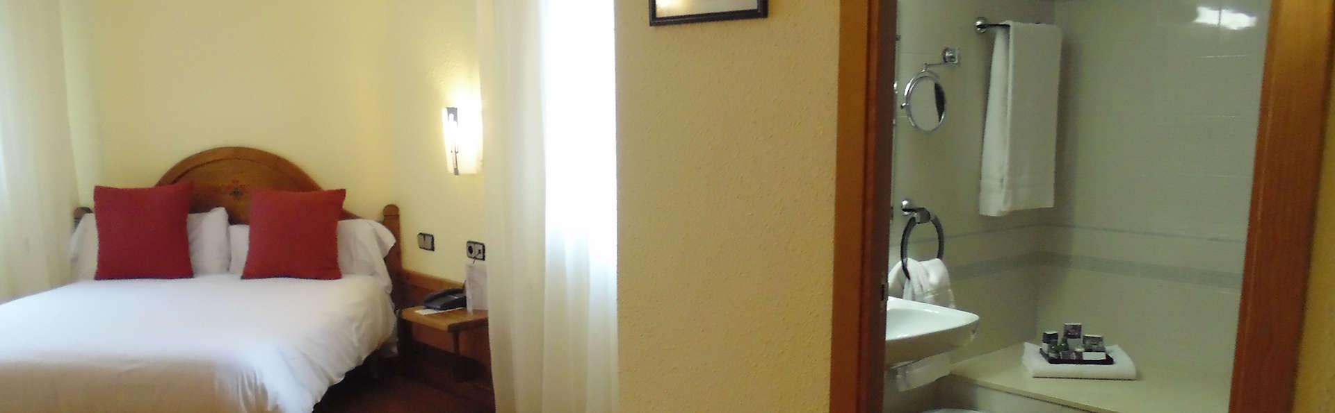 Hotel Sant Gothard - edit_bathroom4.jpg